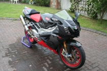 Aprilia RSV1000R - 2008 model - bike 10