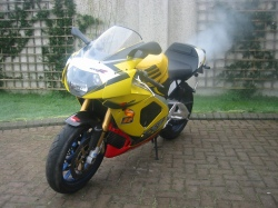 Aprilia RSV-MilleR - 2003 model - bike 9
