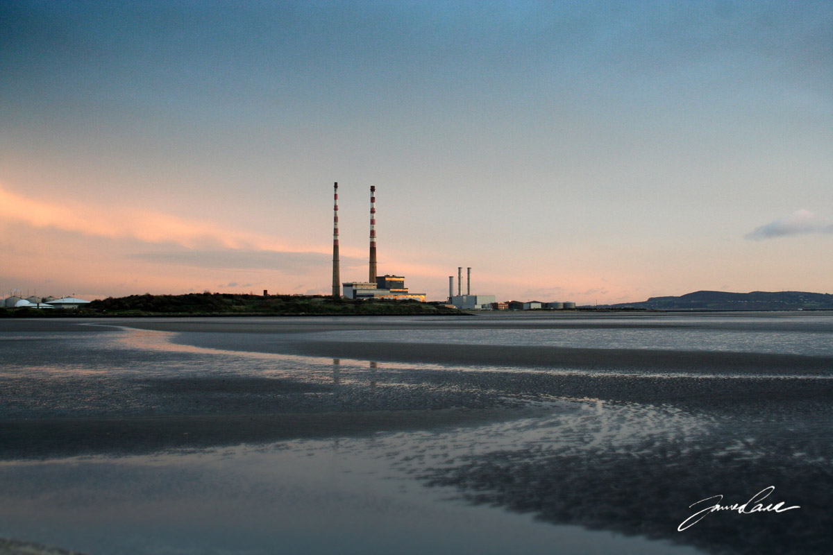 Poolbeg Chimneys seen from Sandymount strand